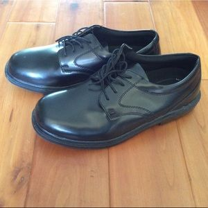 Nunn Bush Black shoes size 10 1/2 W